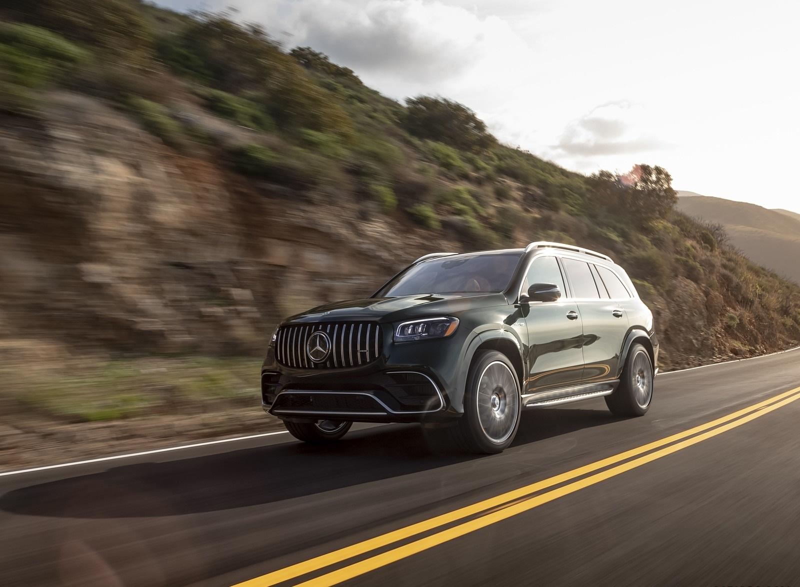 2021 Mercedes-AMG GLS 63 (US-Spec) Front Three-Quarter Wallpapers (5)