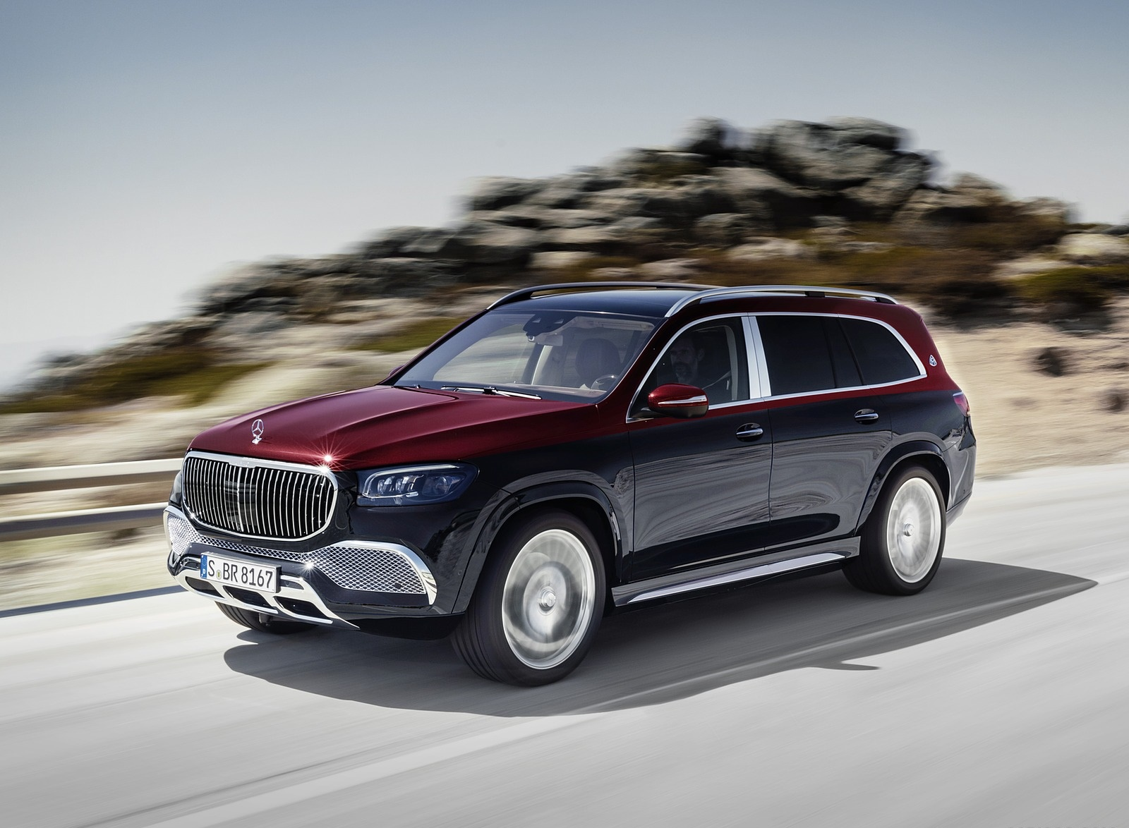 2021 Mercedes-Maybach GLS 600 (Color: Rubellite Red or Obsidian Black) Front Three-Quarter Wallpapers (1)