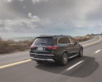 2021 Mercedes-Maybach GLS 600 (US-Spec) Rear Three-Quarter Wallpapers  150x120 (26)
