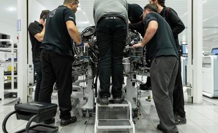 2019 McLaren Speedtail Making Of Wallpapers 450x275 (39)