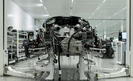 2019 McLaren Speedtail Making Of Wallpapers 450x275 (36)