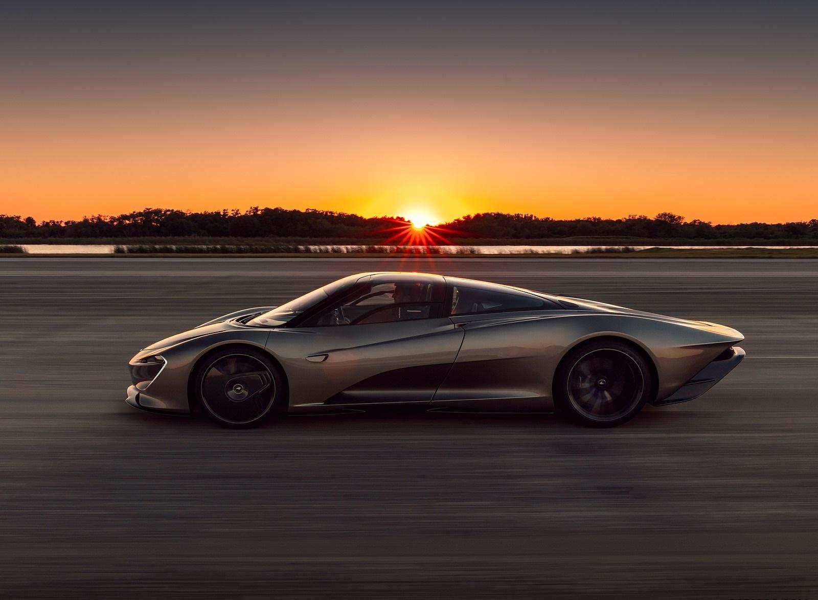 2019 McLaren Speedtail Side Wallpapers (3)