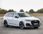 2020 Audi Q7 TFSI e quattro Plug-In Hybrid (Color: Glacier White) Front Three-Quarter Wallpapers 150x120 (14)
