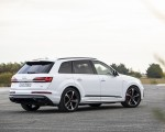 2020 Audi Q7 TFSI e quattro Plug-In Hybrid (Color: Glacier White) Rear Three-Quarter Wallpapers 150x120 (16)