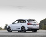2020 Audi Q7 TFSI e quattro Plug-In Hybrid (Color: Glacier White) Rear Three-Quarter Wallpapers 150x120 (17)
