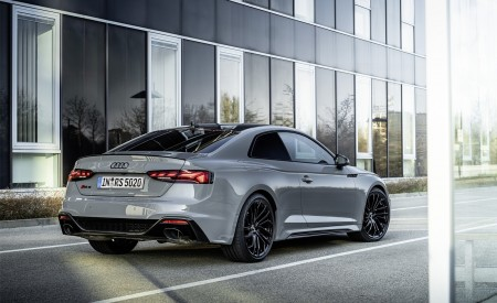 2020 Audi RS 5 Coupe (Color: Nardo Gray) Rear Three-Quarter Wallpapers 450x275 (10)