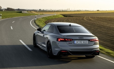 2020 Audi RS 5 Coupe (Color: Nardo Gray) Rear Three-Quarter Wallpapers 450x275 (14)