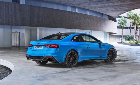 2020 Audi RS 5 Coupe (Color: Turbo Blue) Rear Three-Quarter Wallpapers 450x275 (14)