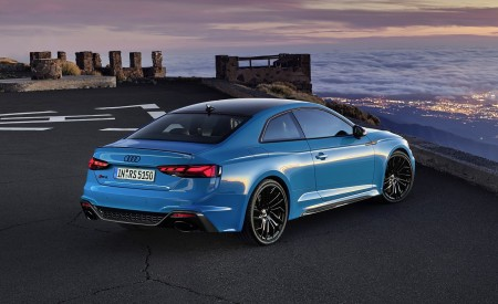 2020 Audi RS 5 Coupe (Color: Turbo Blue) Rear Three-Quarter Wallpapers 450x275 (16)