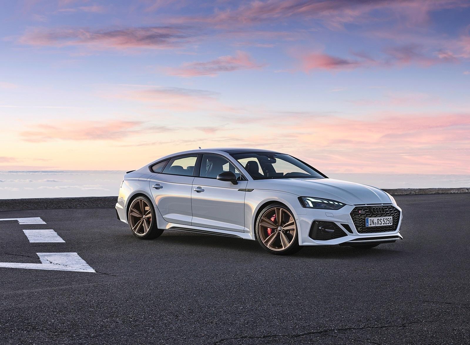 2020 Audi RS 5 Sportback (Color: Glacier White) Front Three-Quarter Wallpapers (8)