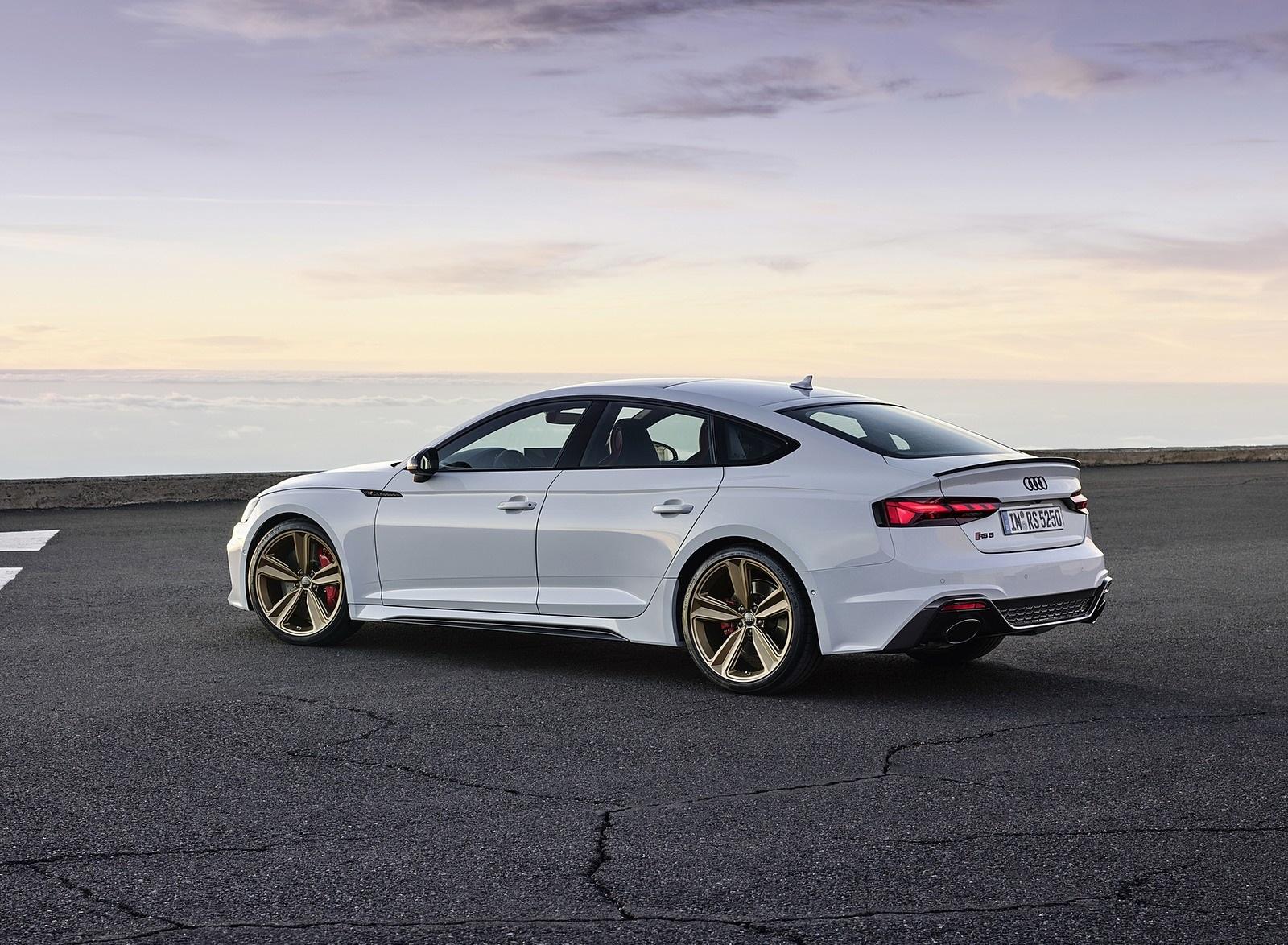 2020 Audi RS 5 Sportback (Color: Glacier White) Rear Three-Quarter Wallpapers (10)