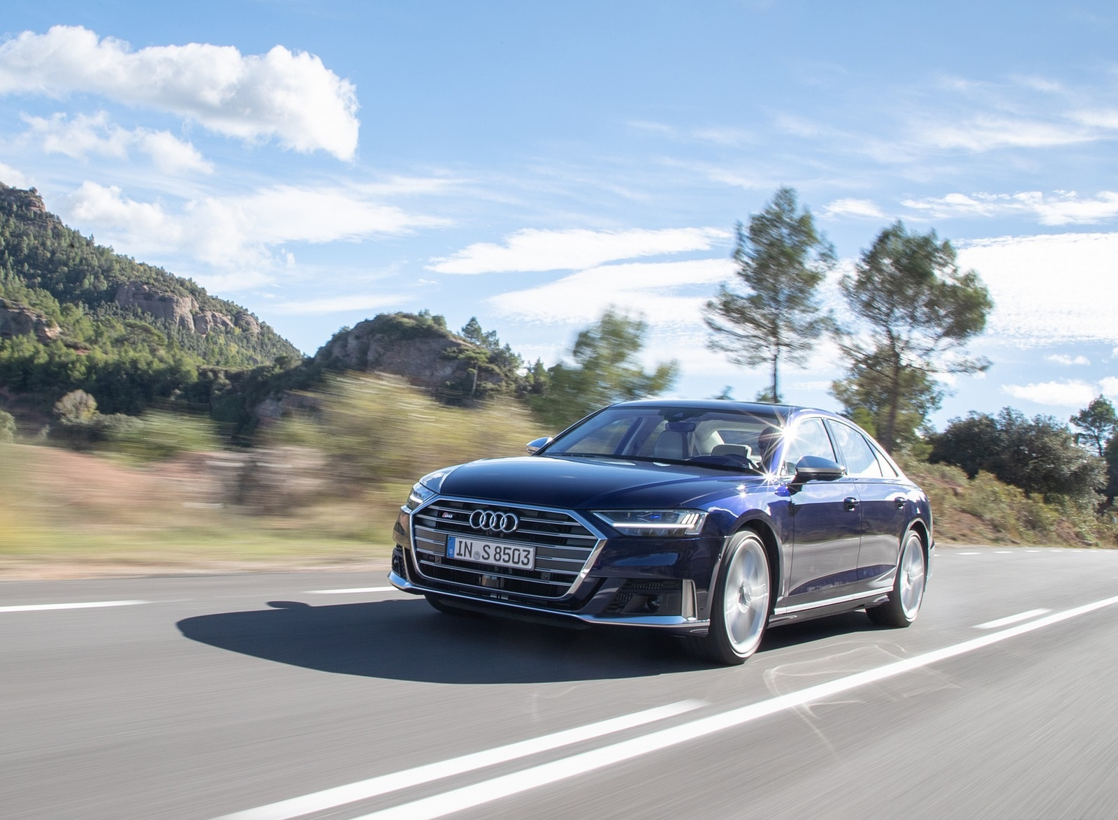 2020 Audi S8 (Color: Navarra Blue) Front Three-Quarter Wallpapers (2)