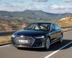2020 Audi S8 (Color: Navarra Blue) Front Three-Quarter Wallpapers 150x120 (25)