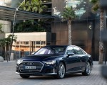 2020 Audi S8 (Color: Navarra Blue) Front Three-Quarter Wallpapers 150x120 (41)