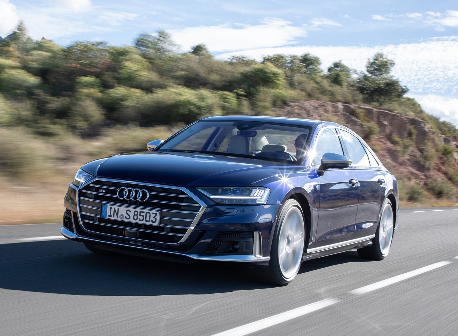 2020 Audi S8 (Color: Navarra Blue) Front Three-Quarter Wallpapers (7)