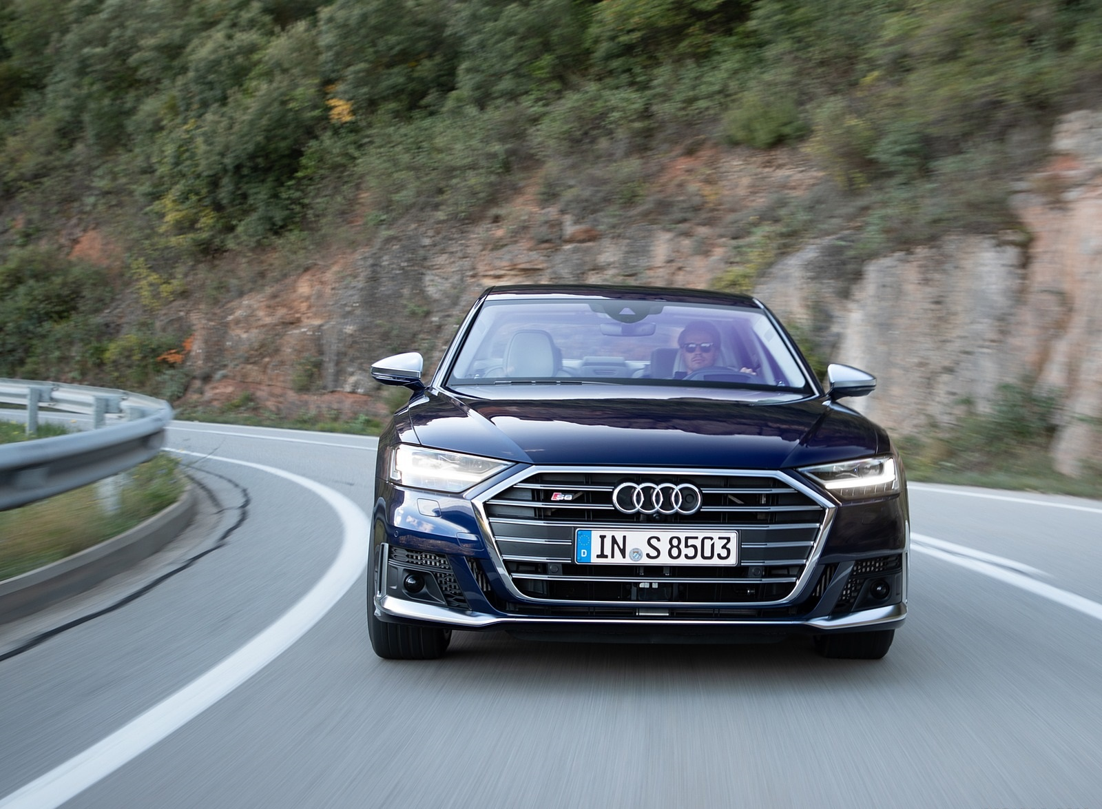 2020 Audi S8 (Color: Navarra Blue) Front Wallpapers (8)