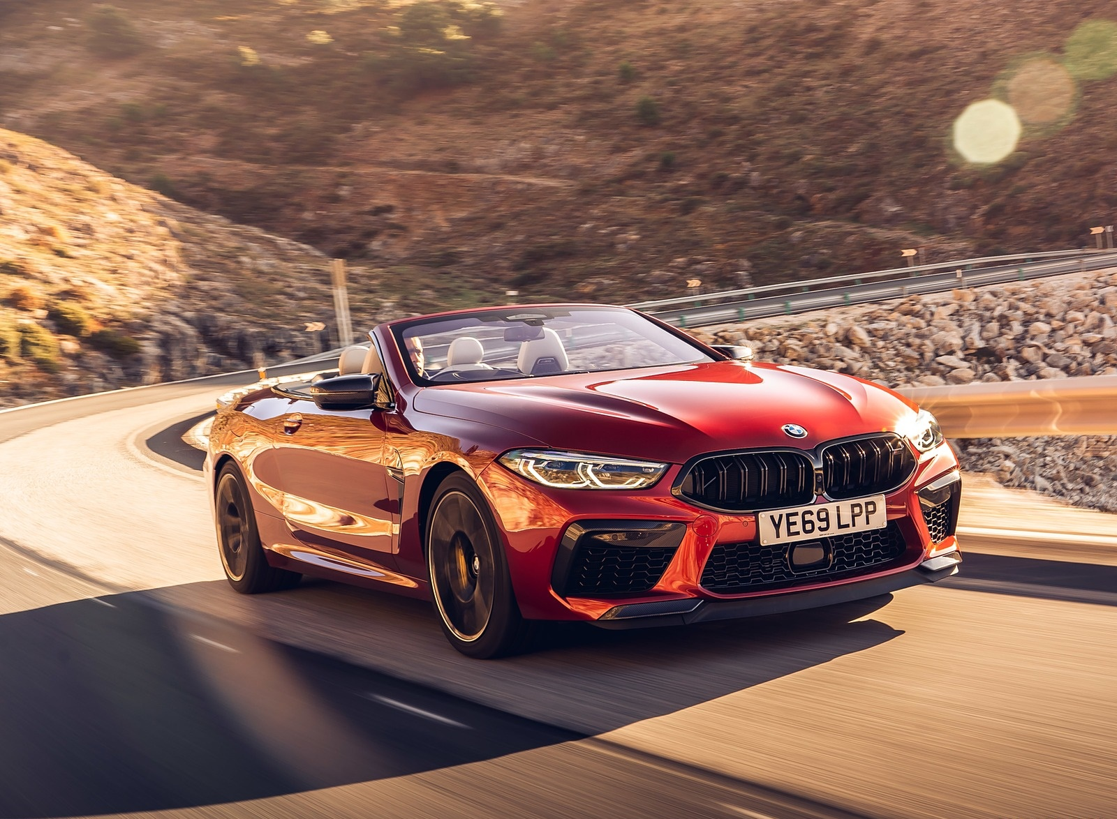 2020 BMW M8 Competition Convertible (UK-Spec) Front Three-Quarter Wallpapers (4)