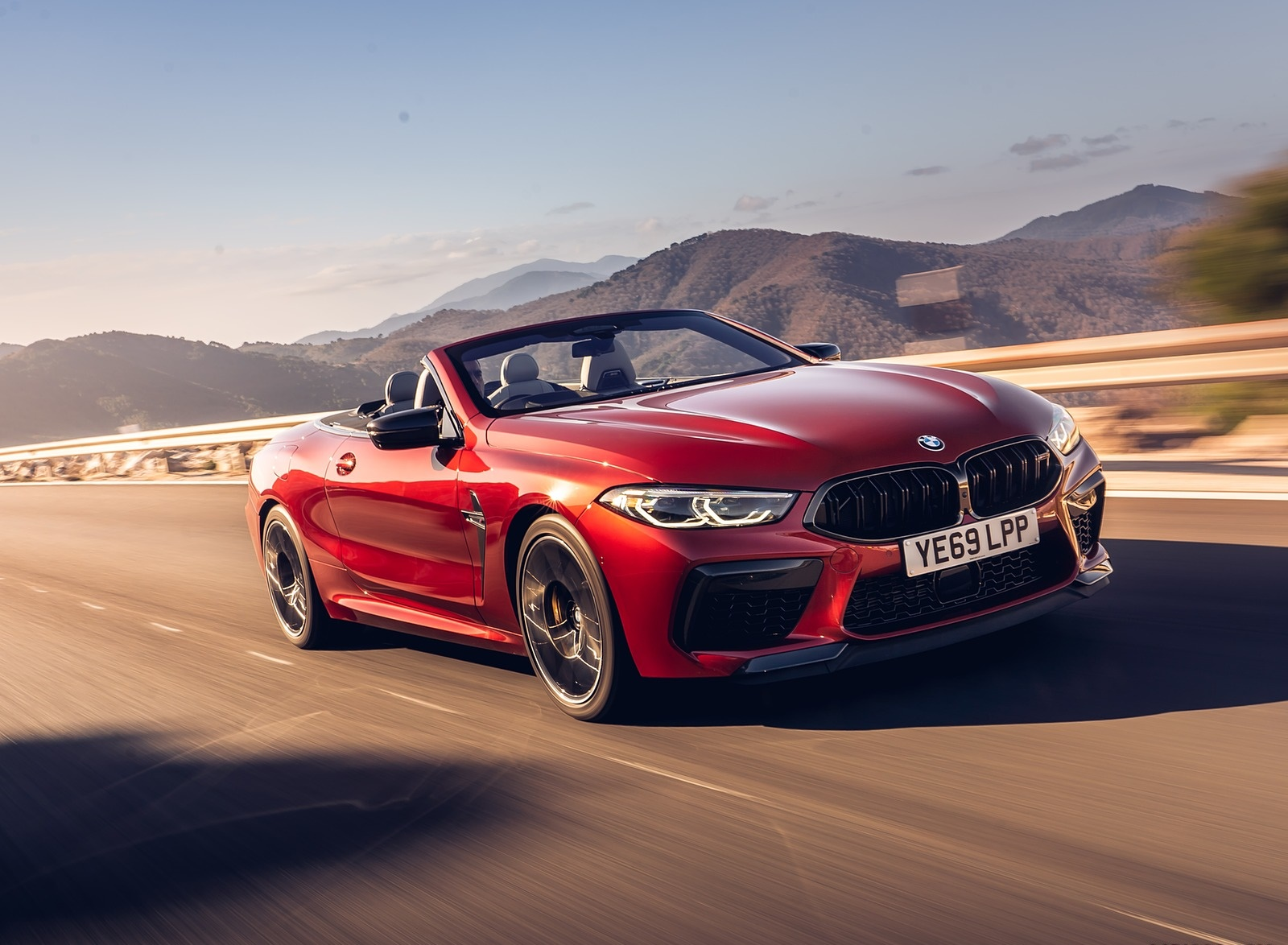 2020 BMW M8 Competition Convertible (UK-Spec) Front Three-Quarter Wallpapers (5)