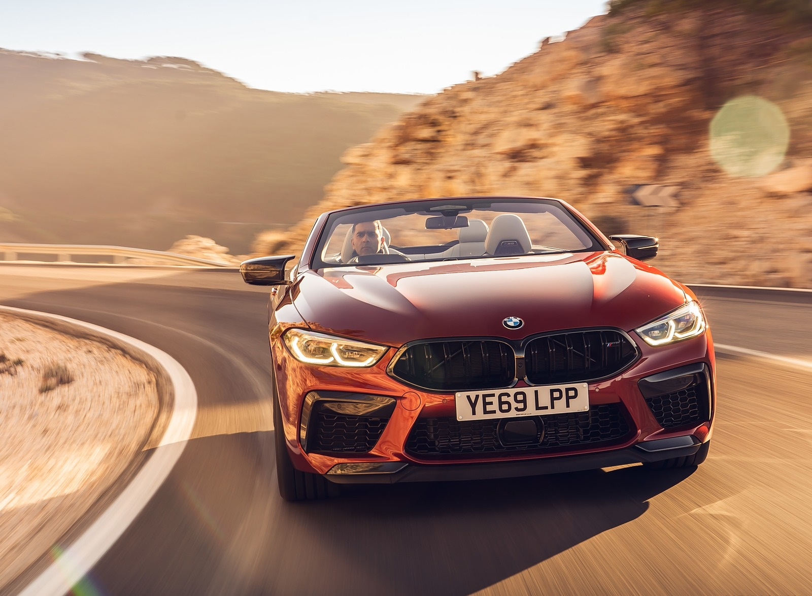 2020 BMW M8 Competition Convertible (UK-Spec) Front Wallpapers (8)