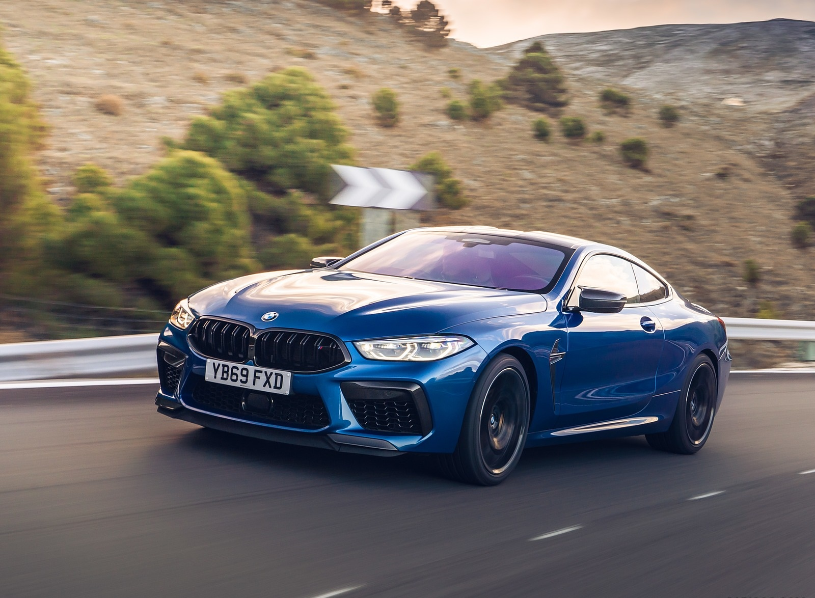 2020 BMW M8 Competition Coupe (UK-Spec) Front Three-Quarter Wallpapers (3)
