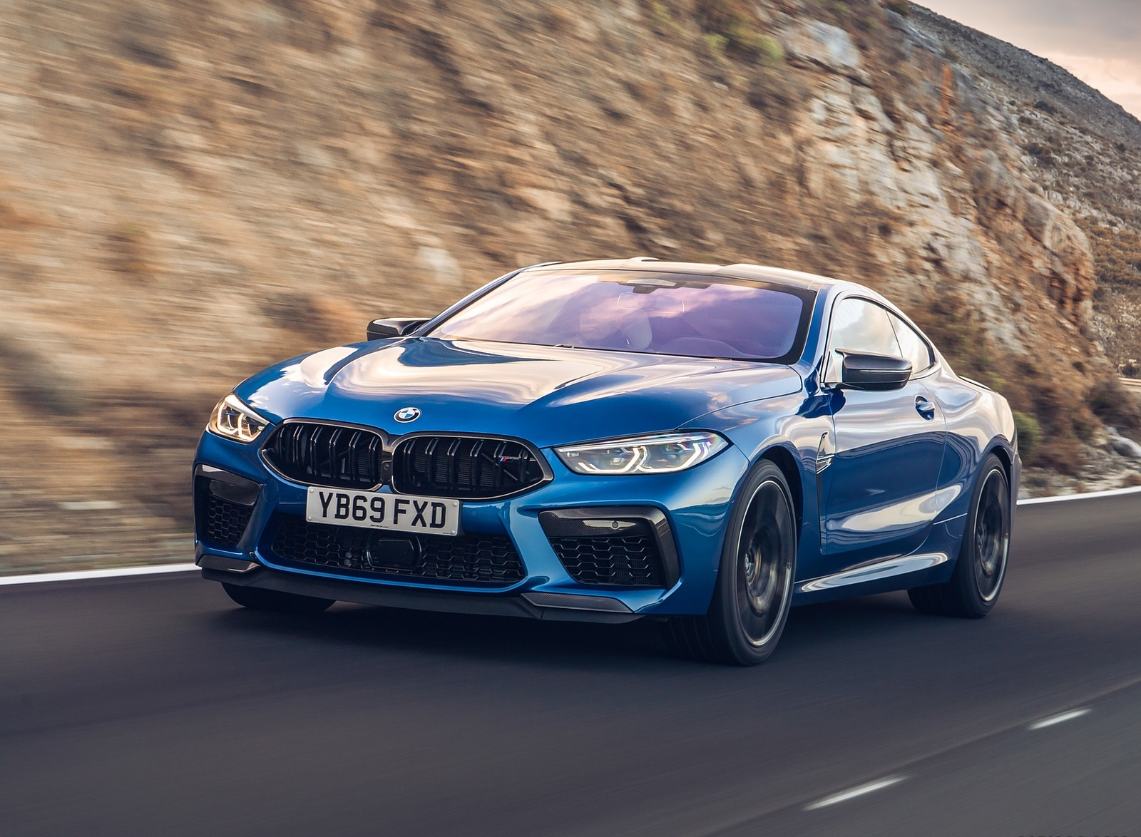 2020 BMW M8 Competition Coupe (UK-Spec) Front Three-Quarter Wallpapers (2)