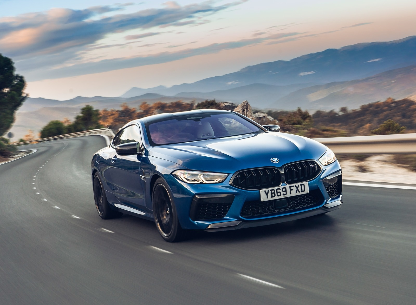 2020 BMW M8 Competition Coupe (UK-Spec) Front Three-Quarter Wallpapers (4)