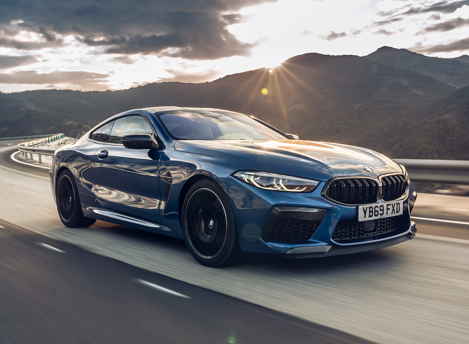 2020 BMW M8 Competition Coupe (UK-Spec) Front Three-Quarter Wallpapers (7)