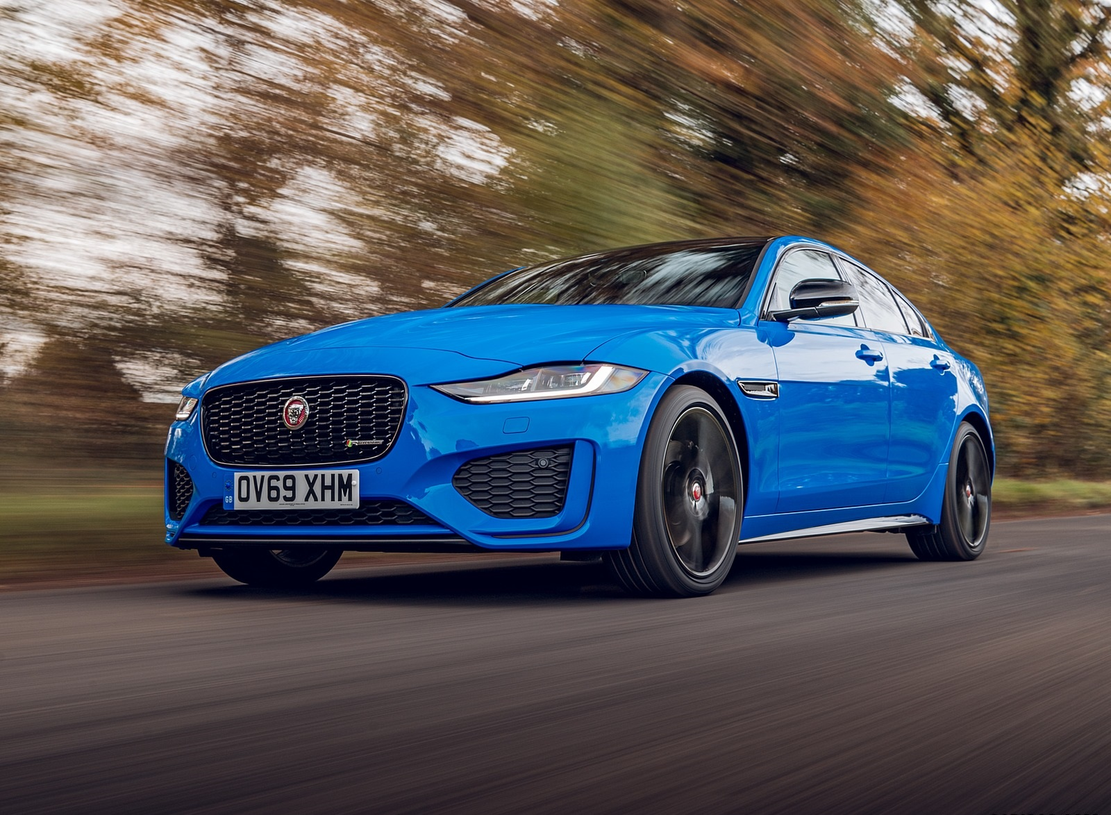 2020 Jaguar XE Reims Edition Front Three-Quarter Wallpapers (5)