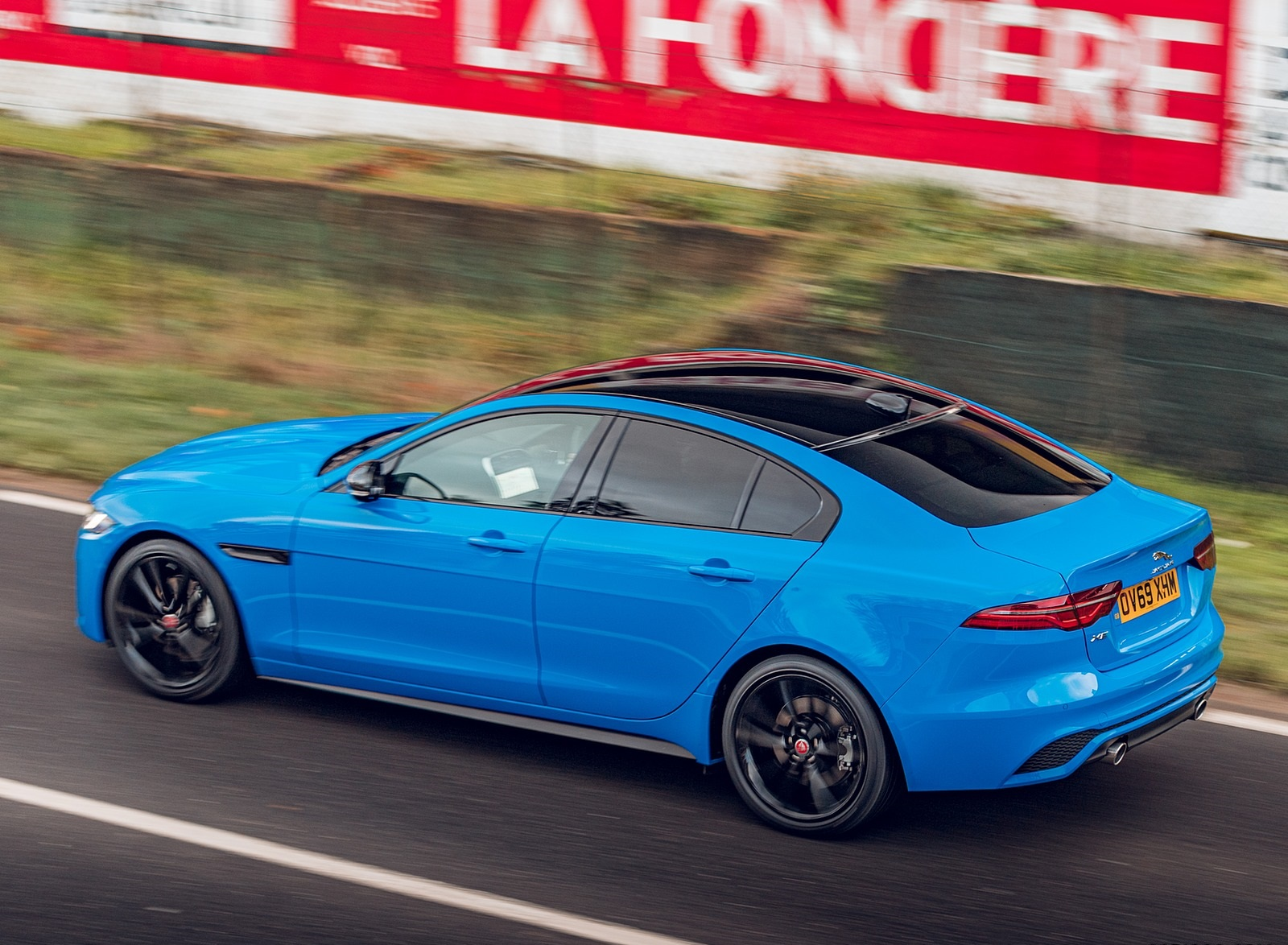 2020 Jaguar XE Reims Edition Rear Three-Quarter Wallpapers (9)