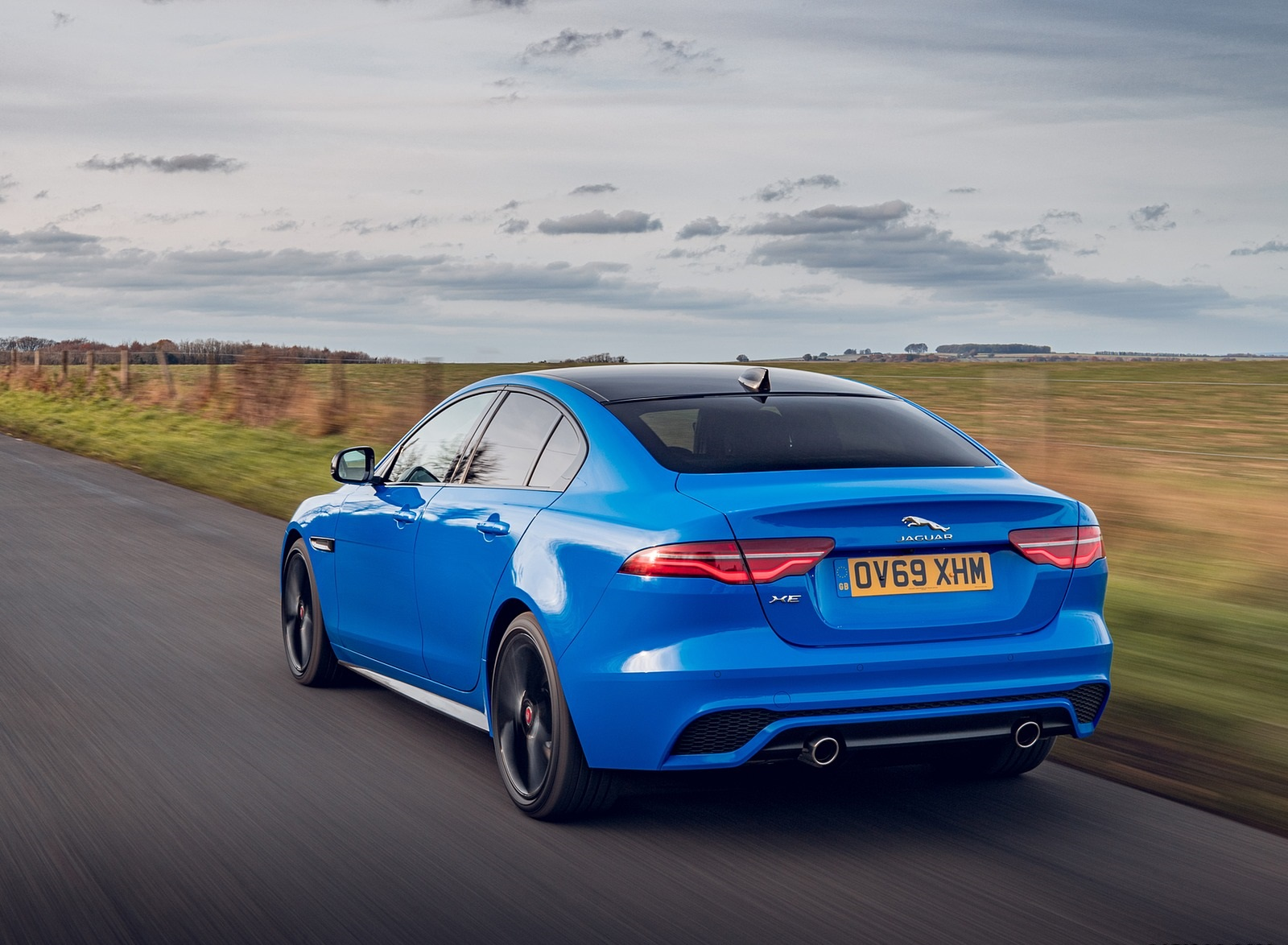 2020 Jaguar XE Reims Edition Rear Three-Quarter Wallpapers (10)