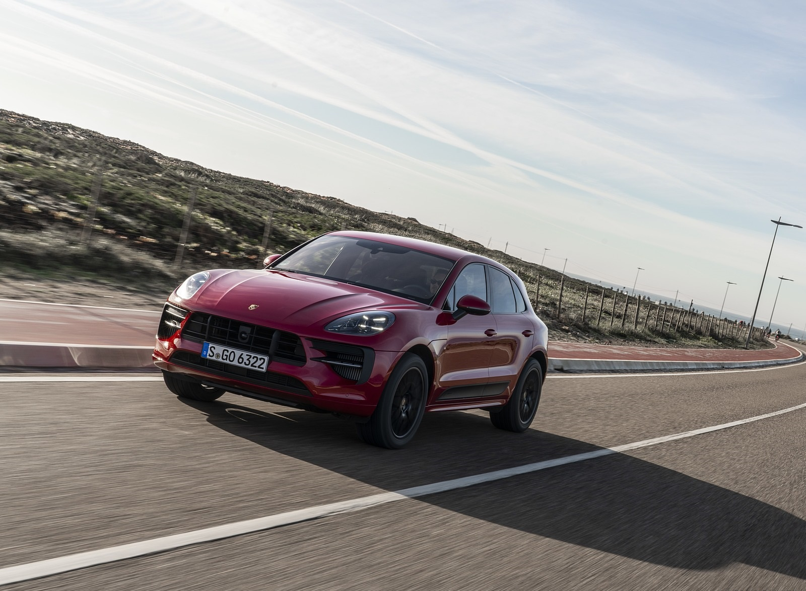 2020 Porsche Macan GTS (Color: Carmine Red) Front Wallpapers (6)