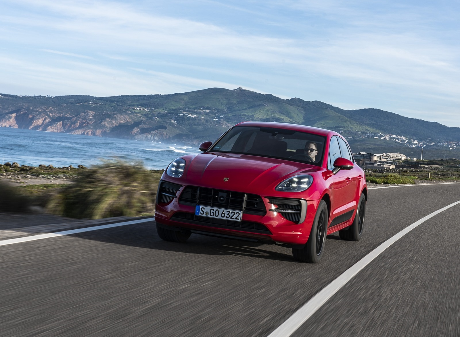 2020 Porsche Macan GTS (Color: Carmine Red) Front Wallpapers (1)
