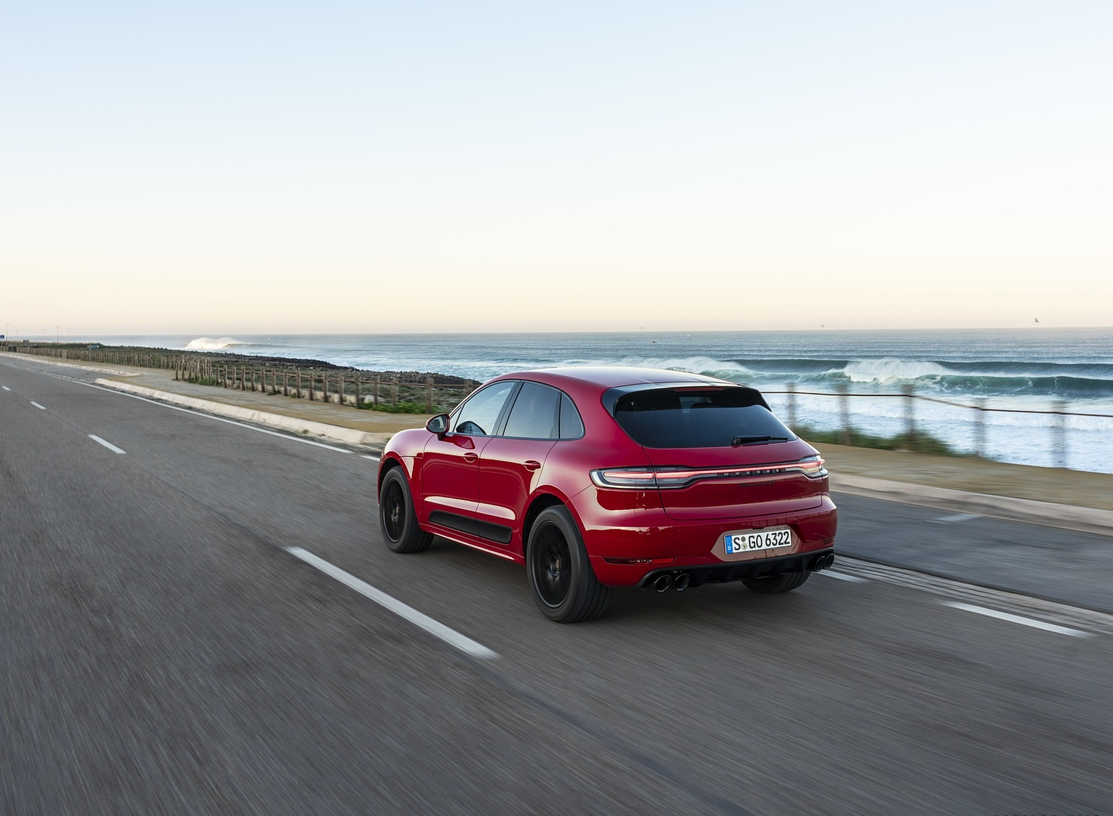 2020 Porsche Macan GTS (Color: Carmine Red) Rear Three-Quarter Wallpapers (8)
