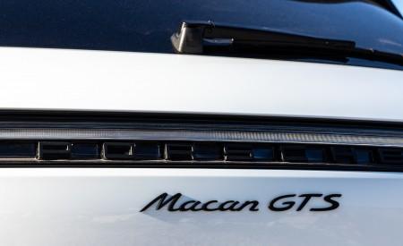 2020 Porsche Macan GTS (Color: Carrara White Metallic) Badge Wallpapers 450x275 (192)