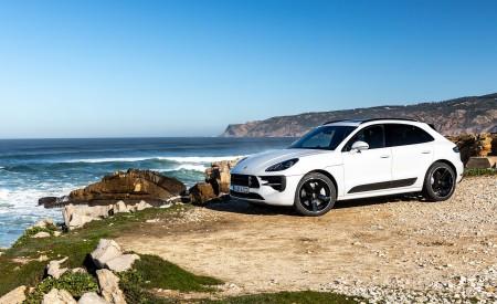 2020 Porsche Macan GTS (Color: Carrara White Metallic) Front Three-Quarter Wallpapers 450x275 (179)