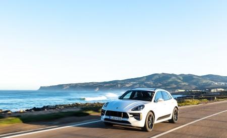 2020 Porsche Macan GTS (Color: Carrara White Metallic) Front Three-Quarter Wallpapers 450x275 (158)