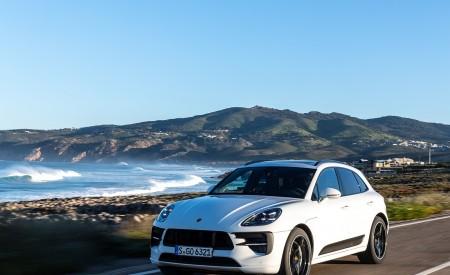 2020 Porsche Macan GTS (Color: Carrara White Metallic) Front Three-Quarter Wallpapers 450x275 (163)