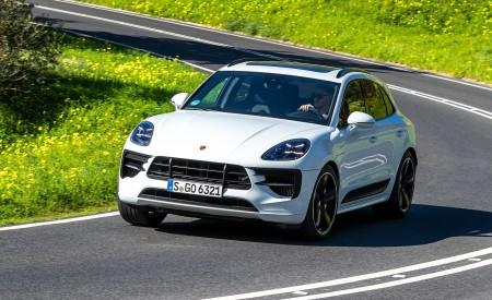 2020 Porsche Macan GTS (Color: Carrara White Metallic) Front Wallpapers 450x275 (155)
