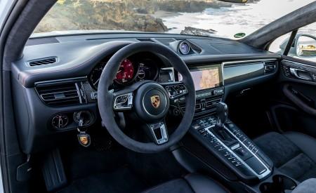2020 Porsche Macan GTS (Color: Carrara White Metallic) Interior Wallpapers 450x275 (194)