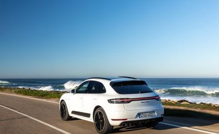 2020 Porsche Macan GTS (Color: Carrara White Metallic) Rear Three-Quarter Wallpapers 450x275 (171)
