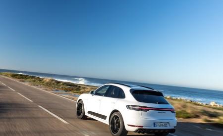 2020 Porsche Macan GTS (Color: Carrara White Metallic) Rear Three-Quarter Wallpapers 450x275 (174)
