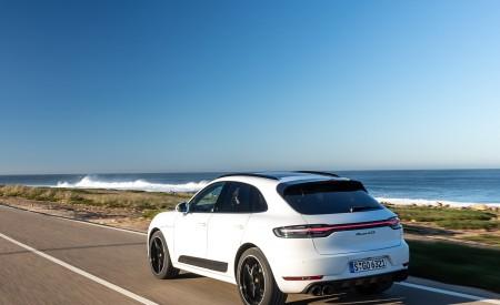 2020 Porsche Macan GTS (Color: Carrara White Metallic) Rear Three-Quarter Wallpapers 450x275 (175)