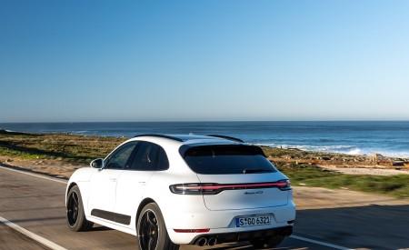2020 Porsche Macan GTS (Color: Carrara White Metallic) Rear Three-Quarter Wallpapers 450x275 (176)