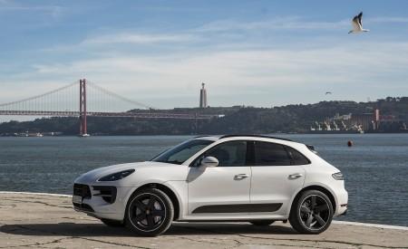 2020 Porsche Macan GTS (Color: Carrara White Metallic) Side Wallpapers 450x275 (186)
