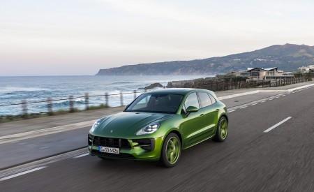 2020 Porsche Macan GTS (Color: Mamba Green Metallic) Front Three-Quarter Wallpapers 450x275 (113)