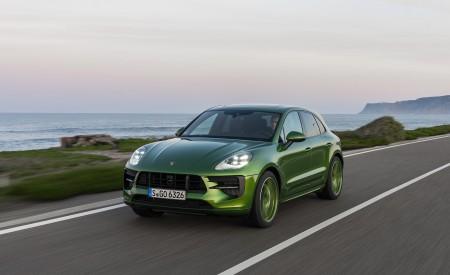 2020 Porsche Macan GTS (Color: Mamba Green Metallic) Front Three-Quarter Wallpapers 450x275 (115)