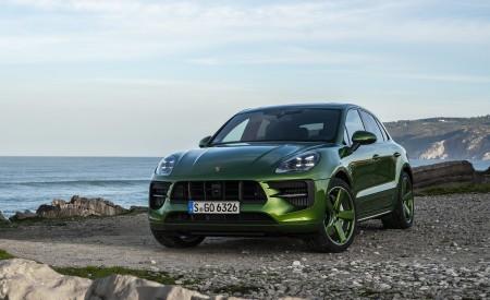 2020 Porsche Macan GTS (Color: Mamba Green Metallic) Front Three-Quarter Wallpapers 450x275 (137)