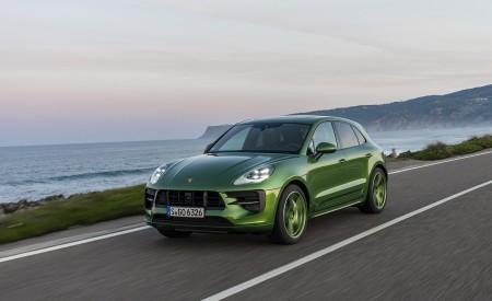 2020 Porsche Macan GTS (Color: Mamba Green Metallic) Front Three-Quarter Wallpapers 450x275 (117)