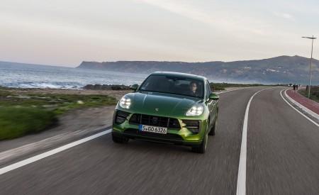 2020 Porsche Macan GTS (Color: Mamba Green Metallic) Front Wallpapers 450x275 (123)