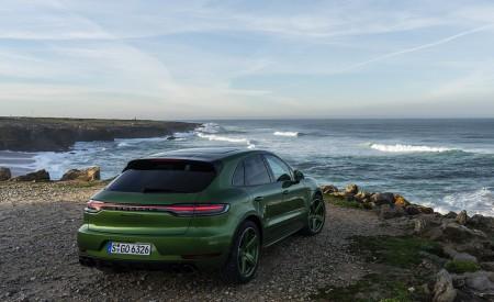 2020 Porsche Macan GTS (Color: Mamba Green Metallic) Rear Three-Quarter Wallpapers 450x275 (142)